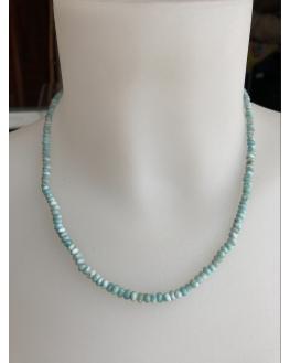 Collier en Larimar perles facettées